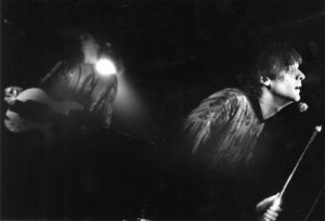 BRA BAND: Chocolate Overdose spiller på Hulen på begynnelsen av 1990-tallet. Vokalist Geir Luedy er i dag produsent. Gitarist Even Johansen (bak til v.) er i dag kritikerrost popstjerne under navnet Magnet. ARKIVFOTO: VEGAR VALDE